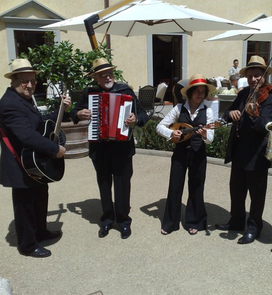 Italian Bands: Live Bands Classic Music And DJ's For The Perfect